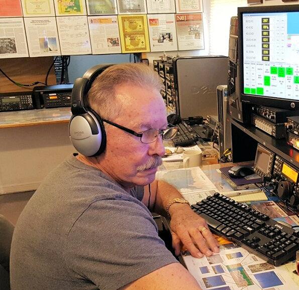 Contest Station Builder Grady Ferguson W5FU SK