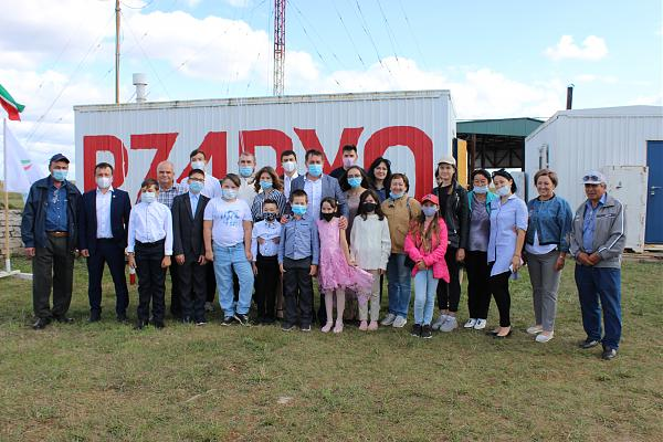 In Tatarstan, the students held a radio conversation with astronauts